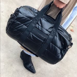 Powerplay Black Pillowy Quilted Duffle Bag